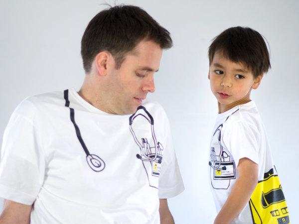 父の日はOJICOでパパとお揃い!Tシャツ「マイドクター」